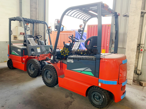 Venezuela - 2 Units HELI CPD25 Forklift