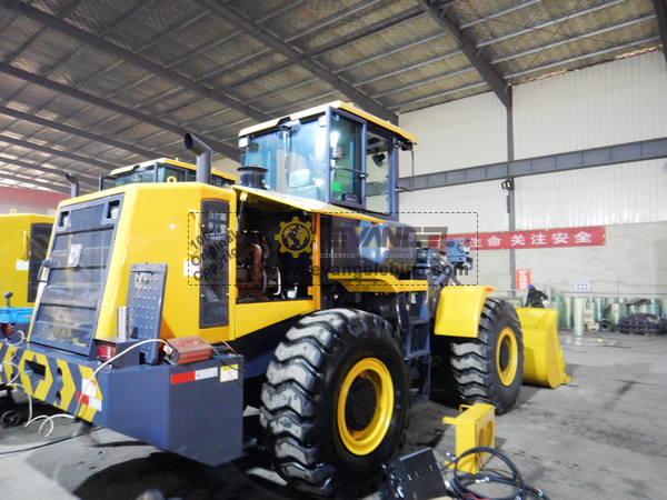 Philippines - 1 Unit XCMG LW400KN Wheel Loader & 1 Unit XS143J Road Roller